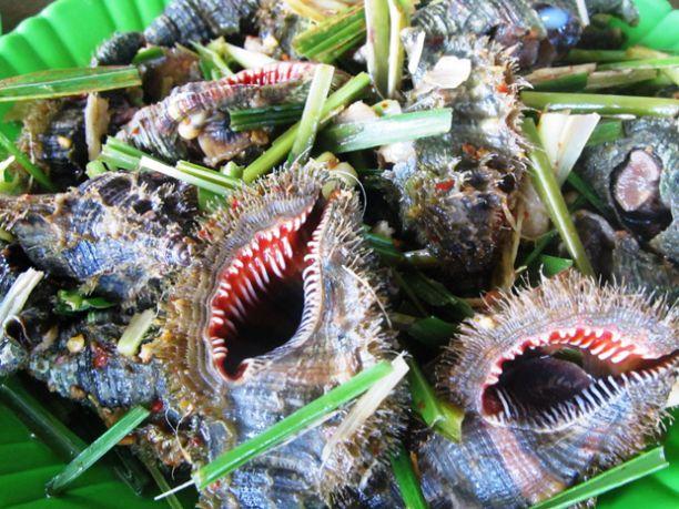 Hương vị quê nhà: Đậm đà ốc biển