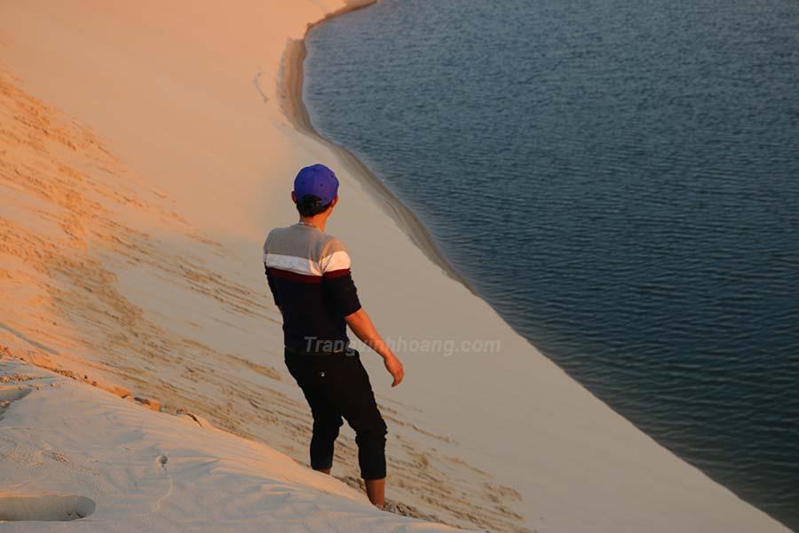 động cát vĩnh tú